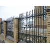 Кованые заборы с кирпичными колоннами,  из профнастила и металлического шткетника,  деревянные,  кирпичные в Тюмени и Тобольске.